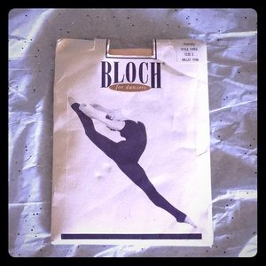 Bloch Ballet Footed Seamed Dance Tights 2/$14